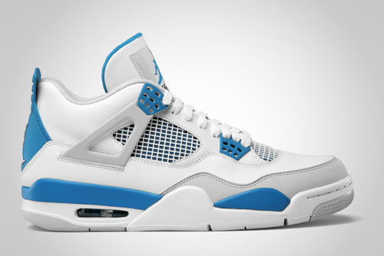 AIR JORDAN 4 RETRO // MILITARY BLUE